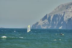 Windsurf στο Λαρέντο στοκ φωτογραφίες με δικαίωμα ελεύθερης χρήσης
