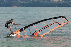 Windsurf,  al Lago di Bourget - Aix les Bains Savoia - Francia Royalty Free Stock Images