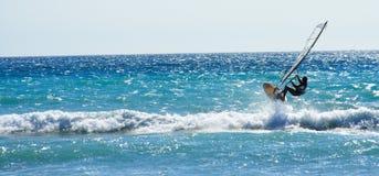 Windsurf el salto 2 fotos de archivo libres de regalías