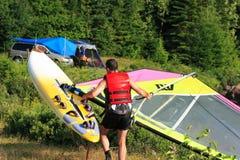 Windsurf en het kamperen Royalty-vrije Stock Foto