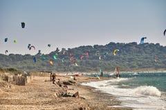Windsurf kitesurf w wietrznym dniu obraz royalty free