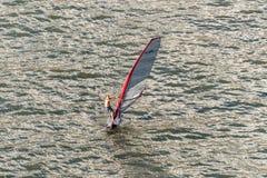 Windsurfe em Funchal, ilha de Madeira, Portugal Fotos de Stock