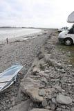 Windsurfer che si prepara con i furgoni Immagine Stock