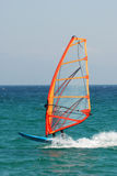 Windsurfer dans l'action Image stock