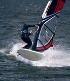 Windsurfer dans le saut Images stock