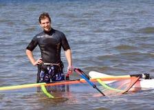 windsurfer de attente de vent Photographie stock libre de droits