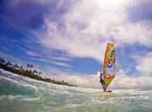 Windsurfer in het oceaanvissenoog Stock Foto