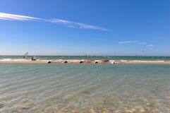 Windsurfers в действии Стоковое Изображение
