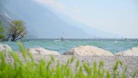 Windsurfers na Garda jeziorze zbiory