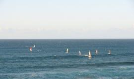 Windsurfers nell'oceano Fotografia Stock Libera da Diritti