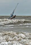 Windsurfing και στο Dolzhanka, περιοχή Krasnodar, Στοκ φωτογραφία με δικαίωμα ελεύθερης χρήσης