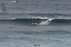 Windsurfing σε Maui στοκ φωτογραφία με δικαίωμα ελεύθερης χρήσης