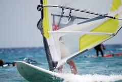Windsurfing на движении Стоковые Изображения