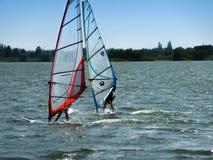 Windsurfing jezioro Zdjęcie Royalty Free