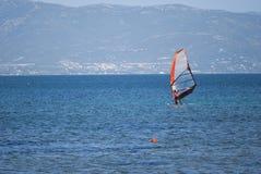 Windsurfing in Sardinige Royalty-vrije Stock Afbeelding