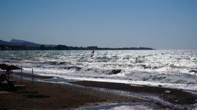 Windsurfing w morzu śródziemnomorskim Zdjęcia Royalty Free