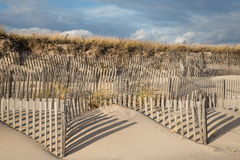 Windswept staket för sanddyn i östliga Hampton New York Royaltyfri Fotografi