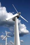 WindTriebwerkanlagen lizenzfreie stockbilder