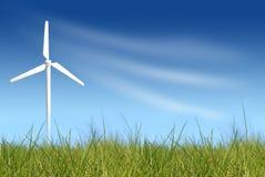 Windturbine auf grünem Feld Lizenzfreie Stockfotografie