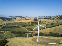 Windturbine op een Berg Royalty-vrije Stock Fotografie