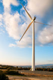 Windturbine op zonsondergang Royalty-vrije Stock Fotografie