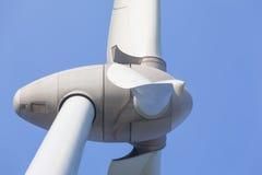 Windturbine producing alternative energy Royalty Free Stock Photos