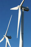 Windturbinen - alternative Energie Lizenzfreie Stockbilder