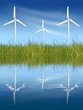 Windturbinen auf grünem Feld Lizenzfreies Stockfoto