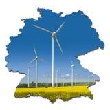 Windturbinen in einer abstrakten Karte von Deutschland Stockbild