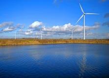 Windturbinen und -see Lizenzfreies Stockfoto