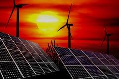 Windturbiner och sol- paneler Fotografering för Bildbyråer