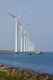 windturbines корабля рыболовства нидерландские Стоковые Изображения RF