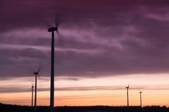 Windturbines на заходе солнца Стоковое фото RF