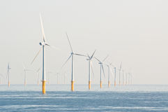 Windturbines op overzees Royalty-vrije Stock Fotografie