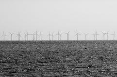 WINDturbines IN ORESUND-OCEAAN Royalty-vrije Stock Foto's