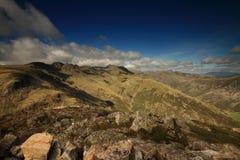 Windungs-Felsspitzen von Pike von Blisco Stockfotos