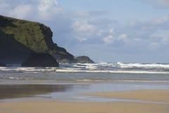 Windy Bedruthan Beach Imagem de Stock Royalty Free