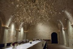 Wine cellar with exclusive chandelier, Nappa Valley Stock Image