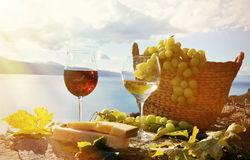 Wine, cheese and grapes Royalty Free Stock Photography