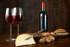 Wine cheese and nuts Royalty Free Stock Photos