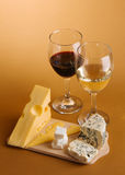Wine and cheese still-life Royalty Free Stock Photography
