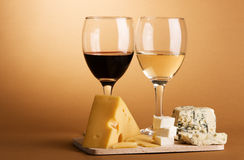 Wine and cheese still-life Royalty Free Stock Images