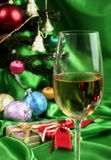 wine för härlig jul för bakgrund glass vit royaltyfri foto