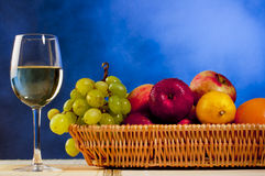 Wine and fruits Royalty Free Stock Photos