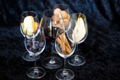 Wine glases, aromatic barrel, cinnamon, tasting Royalty Free Stock Photography