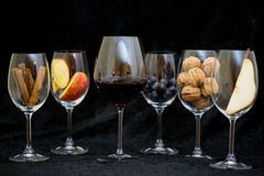Wine glases, aromatic barrel, cinnamon, tasting Royalty Free Stock Images