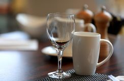 Free Wine Glass And Coffee Cup Royalty Free Stock Image - 142596116