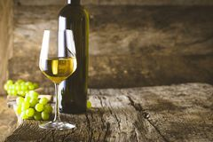 Wine on wood Royalty Free Stock Photography