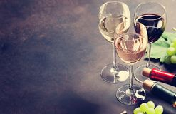 Wine glasses and grapes Royalty Free Stock Photography