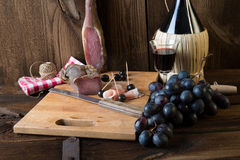 Wine - ham - bread, a tasty one eats Royalty Free Stock Images